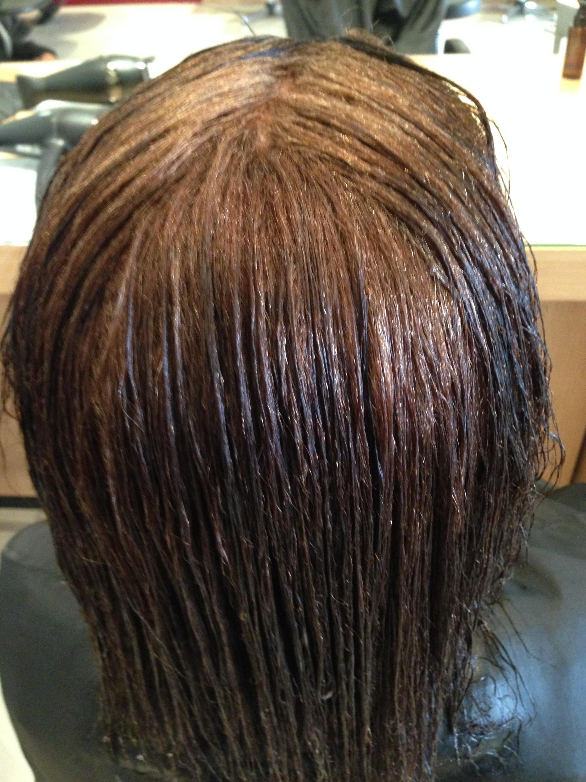 aprs le lissage les cheveux sont parfaitement raides ils seront schs naturellement avant le lissage brsilien - Coloration Apres Lissage Brsilien
